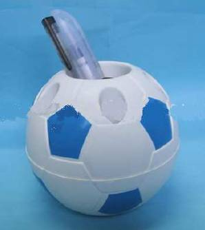 epixeirisiako doro-football shaped pen holder